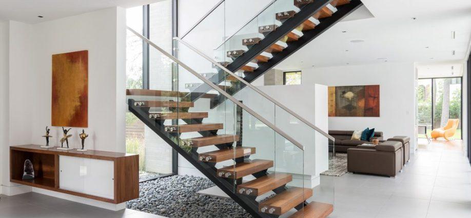 Laiptu gamyba, mediniai laiptai, mediniu laiptu gamyba